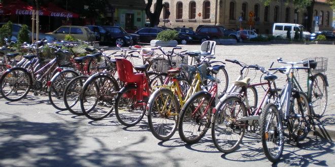 Sombor poklanja 200 sedišta za vožnju dece biciklom