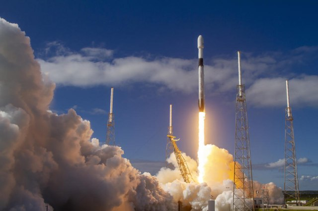 SpaceX lansirao 60 satelita: Planeta će imati superbrz internet VIDEO
