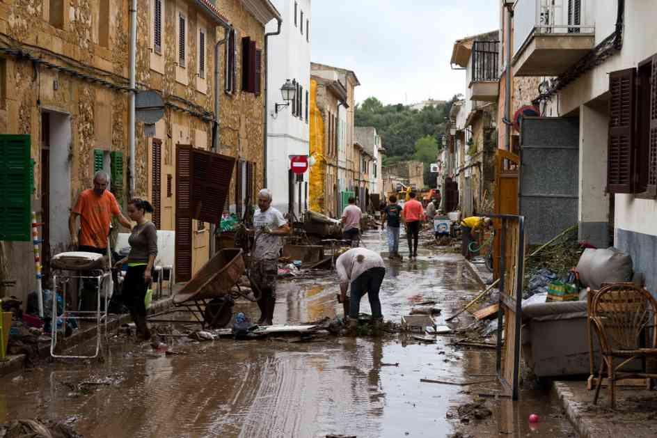 Španija:U poplavama 10 mrtvih, potraga za dečakom