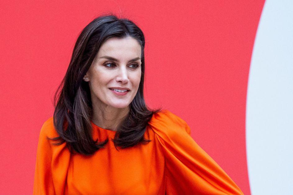 Španska kraljica Leticija ih obožava: Duge maksi haljine idealne za vrelo leto