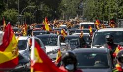 Španski desničari u protestnoj vožnji zbog odgovora vlade na pandemiju