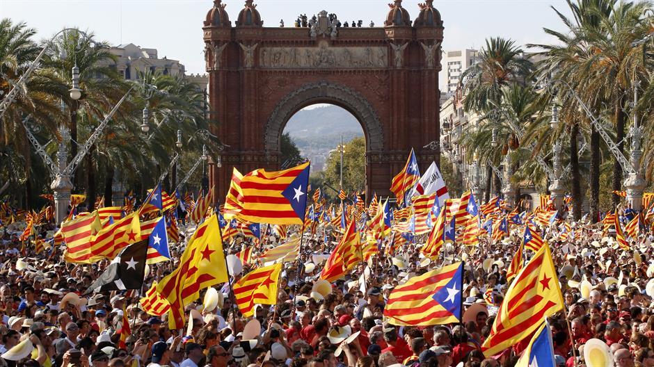 Španski kralj: Narod u Kataloniji mora poštovati Ustav