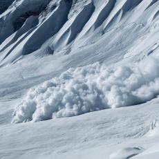 Spaseno četvoro iz lavine u Kran Montani