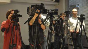Specijalni predstavnik generalnog sekretara i šef Unmika osudio napade na novinare na Kosovu