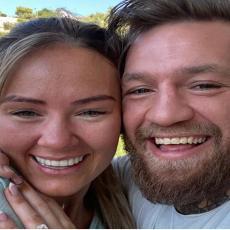 Sportista za kojim svet luduje više puta je uhvaćen sa drugim ženama: ŽENSKAROŠ je sada pokazao verenicu i ljudi su u ŠOKU