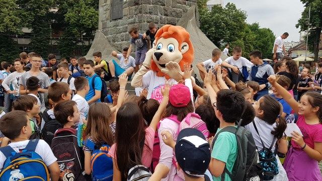Sportske igre mladih u Kraljevu  deca poslala poruku Orlovima