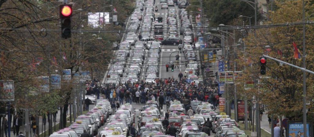 Spremite žiivce! Taksisti će sutra potpuno blokirati Beograd od 14 do 17 časova