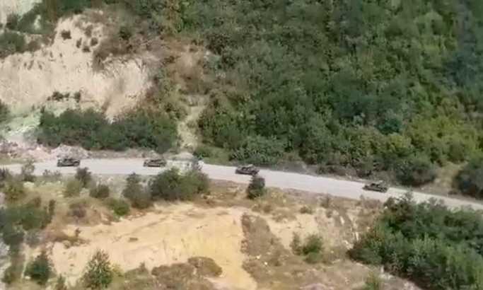 Srbi blokirali put za Brnjak, KFOR čuva Gazivode?