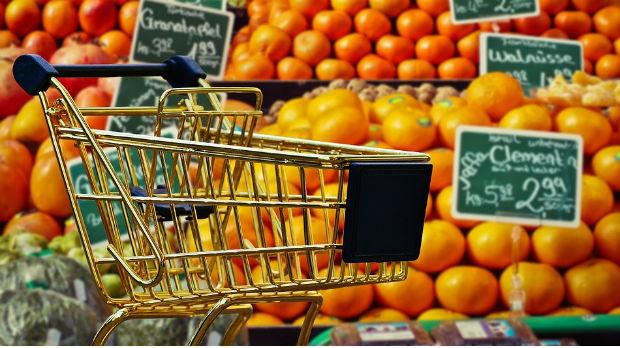 Srbi najviše troše na hranu, Evropljani na račune – da li je razlog samo u parama