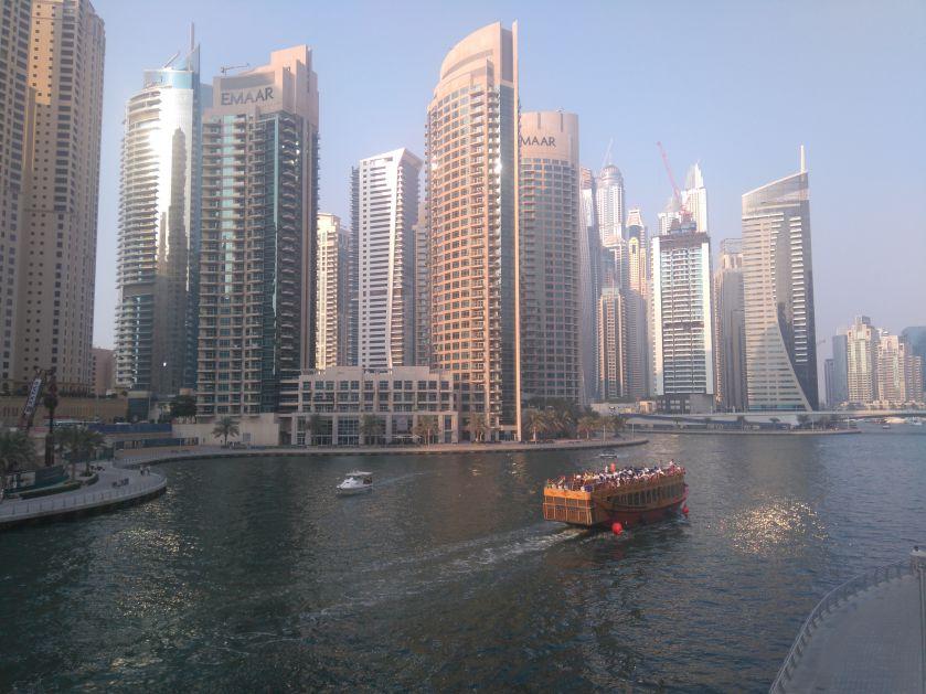 Srbi sad bez viza mogu u UAE