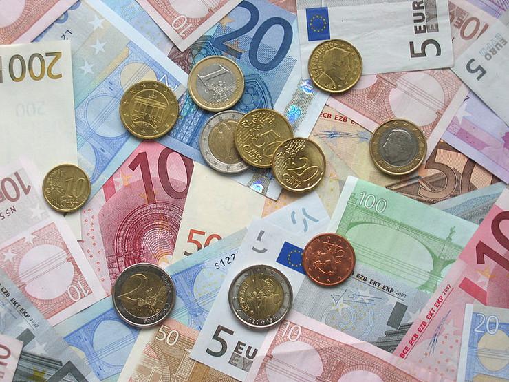 Srbija: Produžen rok za dokumentaciju o staroj deviznoj štednji