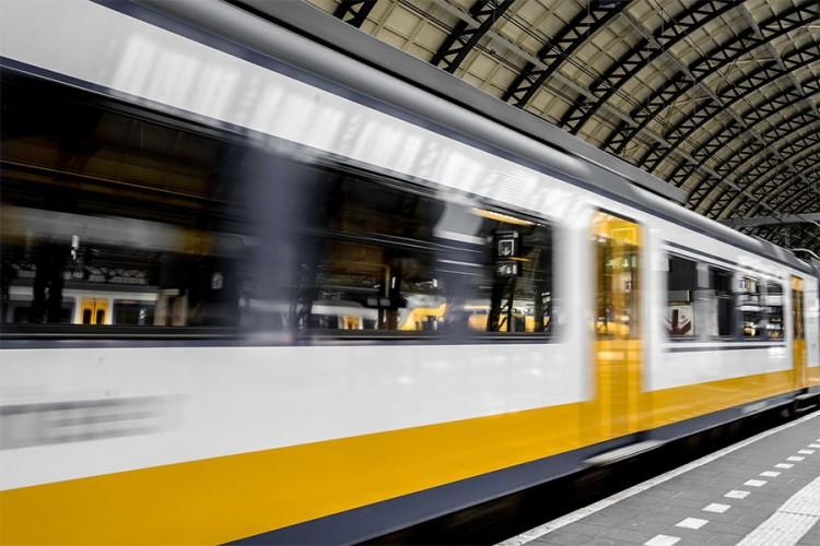 Srbija nabavlja brze vozove