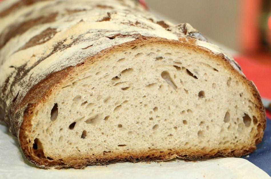 Srbija ne uvozi hleb, već određene vrste skupih tostova