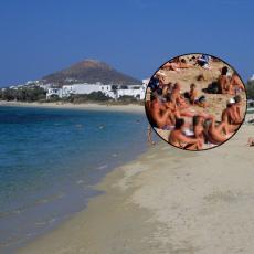 Slike golih žena na plaži