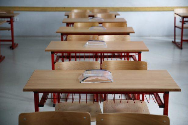 Srednjoškolci u Novom Pazaru prelaze na online nastavu
