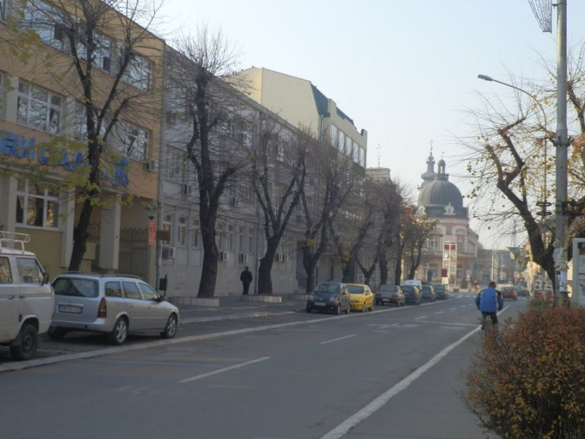 Sremska Mitrovica: Dezinfekcija zgrada uz nove atomizere