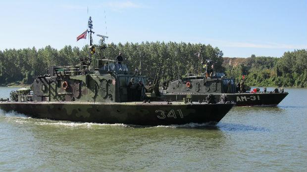 Srpska i mađarska vojska vežbale na Tisi