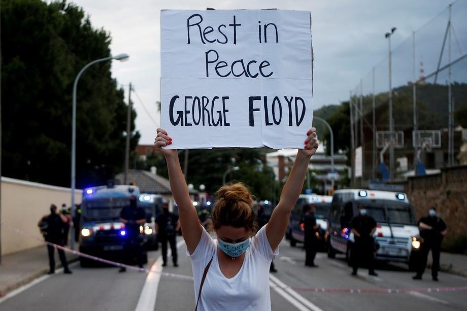 Srpski atletičar Goran Vendlener napustio proteste u Njujorku zbog provokacija zato što je belac