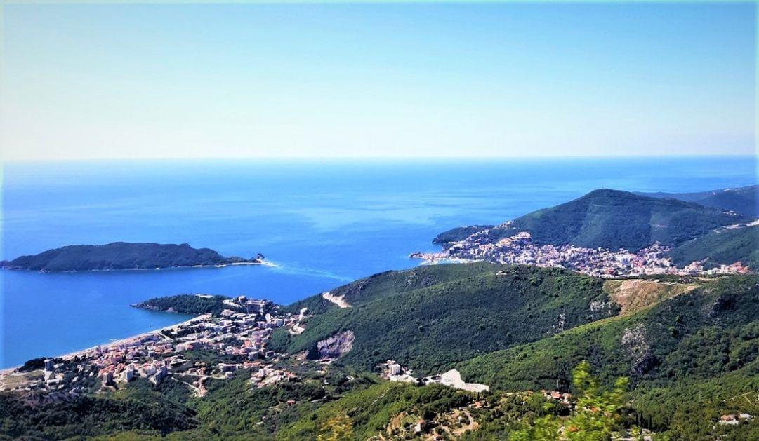 Srpski turisti, za sada, ne mogu u Crnu Goru