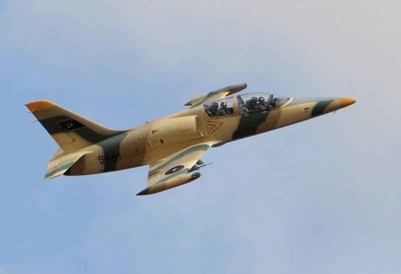 Srušen ratni avion vlade u Tripoliju