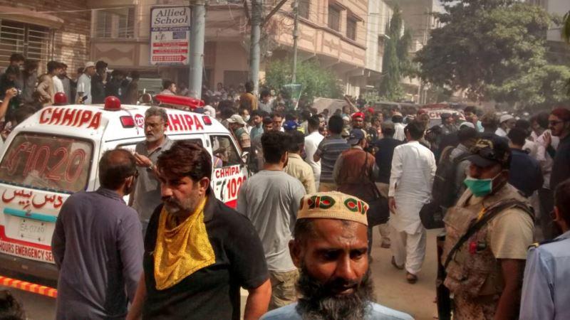 Potvrđeno 50 mrtvih u padu aviona u Pakistanu