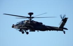 U padu vojnog helikoptera poginuo pilot, za drugim članom posade se traga