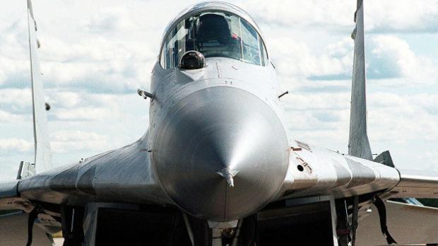 Srušio se mig 29 kod Moskve, piloti se katapultirali