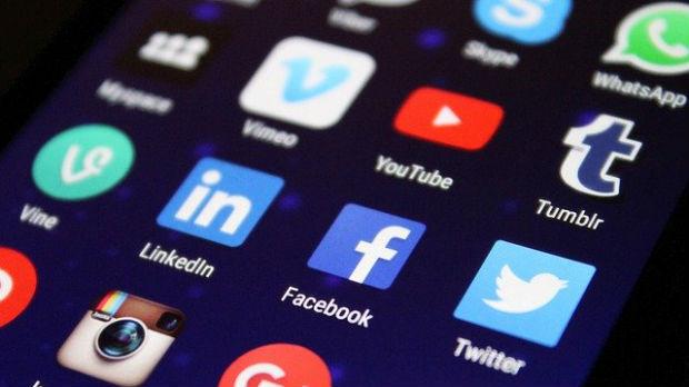 Šta Tramp želi od društvenih mreža, a šta im zaista može