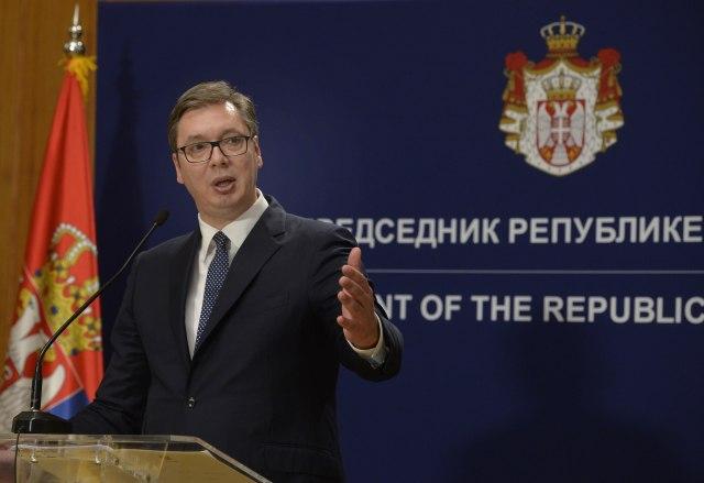 Šta je sve Vučić rekao albanskim medijima u Briselu?