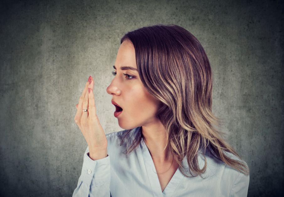 Šta loš zadah govori o zdravlju i kada je vreme za posetu lekaru
