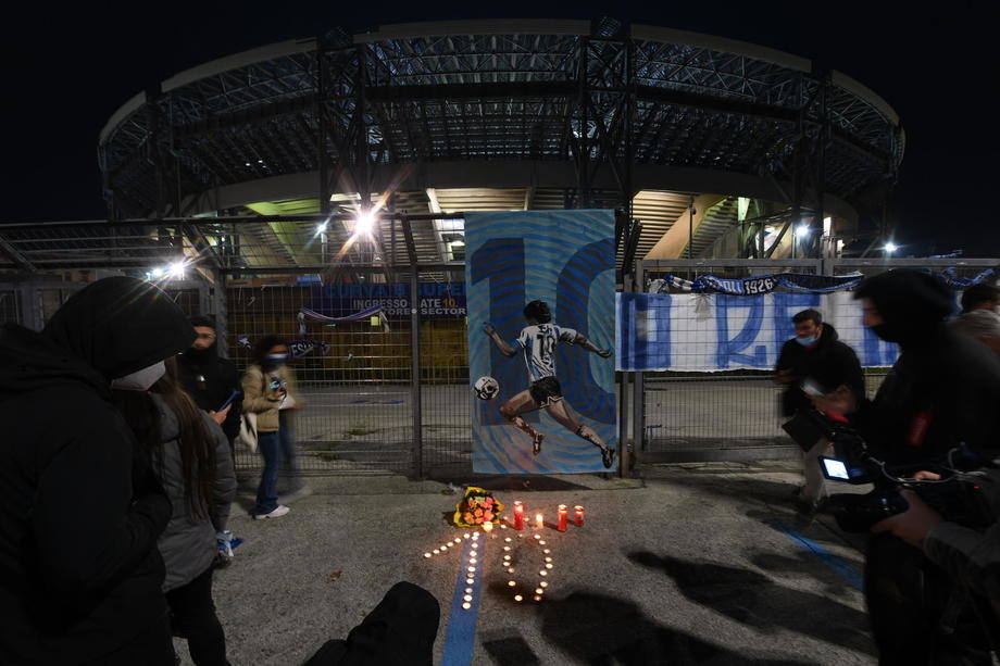 Stadion u Napulju zvanično Dijego Armando Maradona