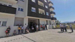 Stanari na Somborskom bulevaru u Nišu sprečili izvršitelja da im popiše stanove zbog duga investitora