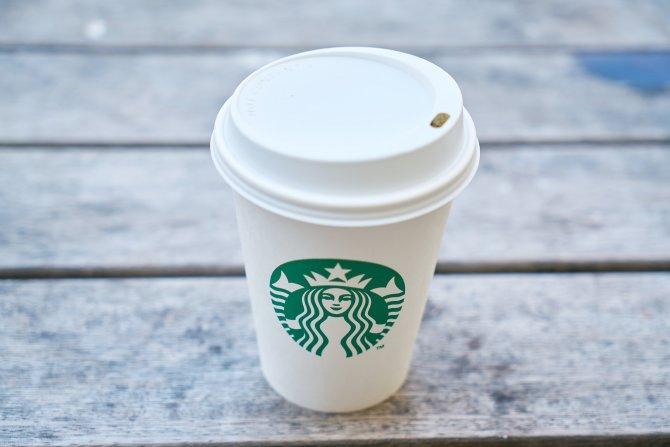 Starbaks najskuplji u Danskoj, a evo gde za najmanje para možete popiti čuveni late
