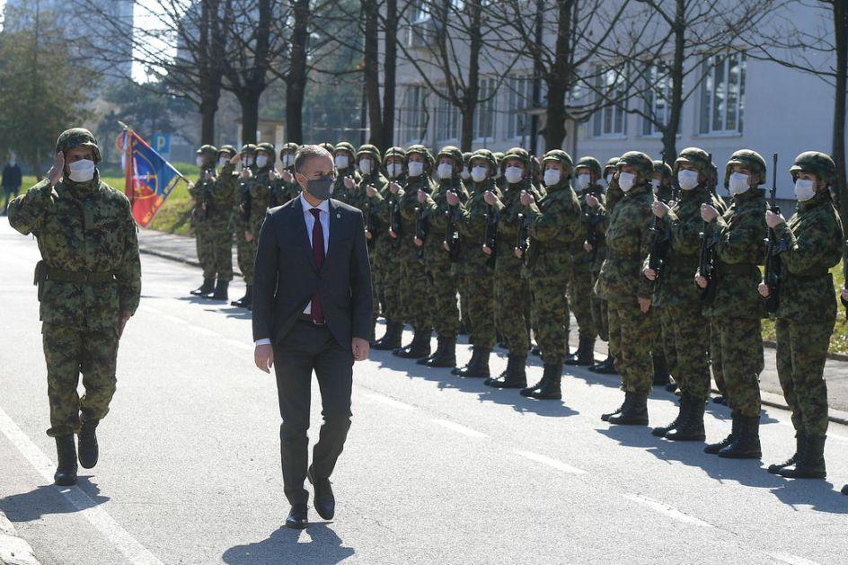 Stefanović: Ne smeju biti zaboravljeni oni koji su dali svoje živote za slobodu
