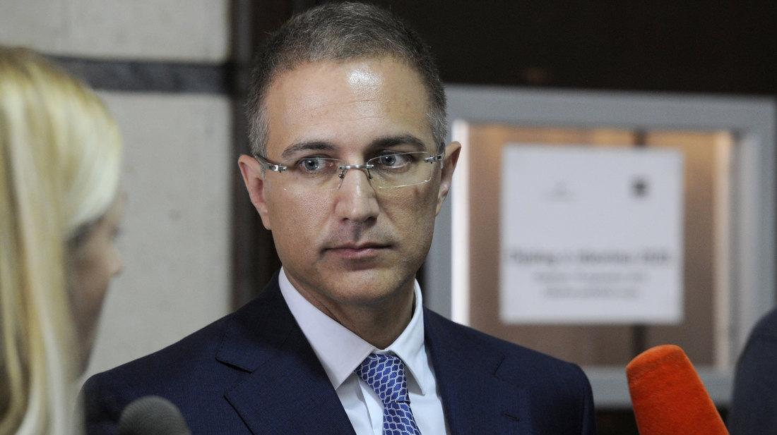 Stefanović: Odgovor na optužbe o trgovini oružjem za nekoliko dana
