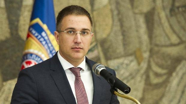 Stefanović o navodima Igora Jurića da je poznati političar počinio krivično delo nad detetom