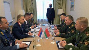 Stefanović razgovarao u Moskvi sa ministrom odbrane Belorusije o saradnji