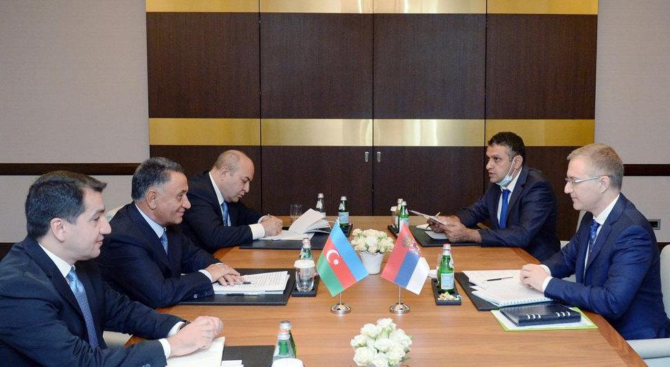 Stefanović u Bakuu razgovarao sa zvaničnicima Azerbejdzana