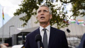Stoltenberg: NATO članice moraju biti jedinstvene uprkos neslaganju oko podmornica