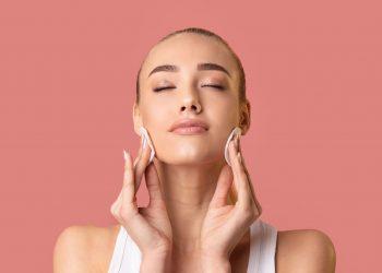 Stop masnoj koži: Trikovi protiv prekomernog lučenja sebuma i proširenih pora