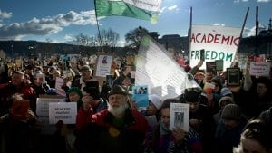 Stotine naučnika u protestu protiv reformi finansiranja u Mađarskoj