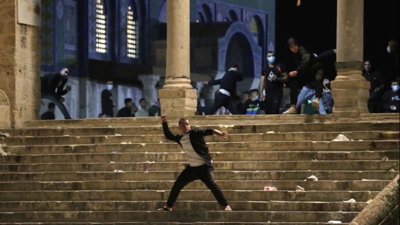 Stotine povređenih u sukobima Palestinaca i izraelske policije u Jerusalimu