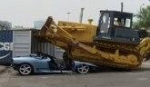 Stradao Ferrari 360 Spider – na Filipinima nemaju milosti za prokrijumčarene automobile VIDEO