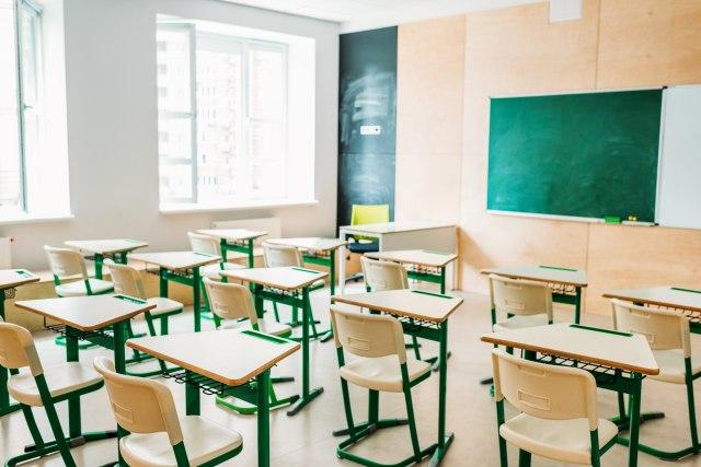 Štrajk nastavnika: Van učionice 90 odsto prosvetnih radnika