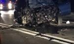 Stravične fotografije sa mesta nesreće kod Orlovače: Od siline udarca jedan automobil sleteo s puta, drugi potpuno smrskan (FOTO)