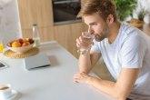 Stručnjaci tvrde: Bolje je da pijete vodu iz česme nego iz bočice