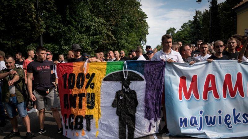 Sud u Varšavi zabranio nalepnice 'Zona bez LGBT'