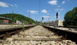 Sudar dva teretna voza bez povredjenih na delu pruge kod Ralje