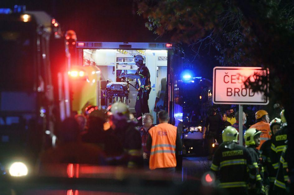 Sudar vozova u Češkoj: Stradale 2 osobe,7 u kritičnom stanju