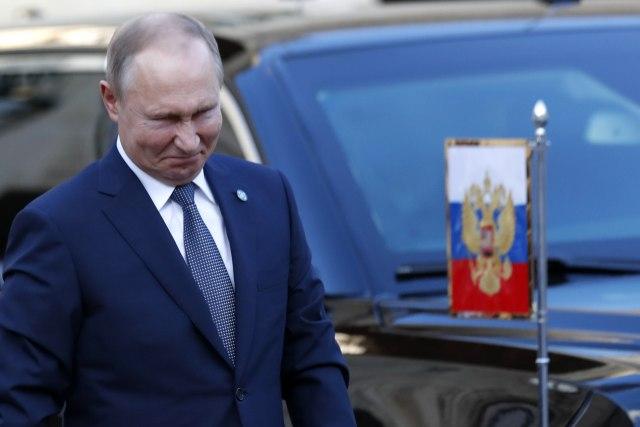 Sudbina Ukrajine se kroji u Parizu: Putin i Zelenski prvi put oči u oči VIDEO